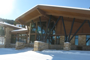 'The 10th' restaurant meshes on-mountain fine dining with fantastic skiing at Vail